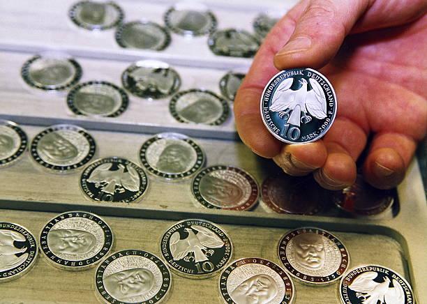 Münzen D Pictures Getty Images