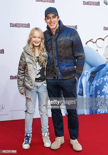 Gedeon Burkhard and his daughter Gioja attend the 'Hotel Transsilvanien 2' German Premiere on October 11 2015 in Berlin Germany