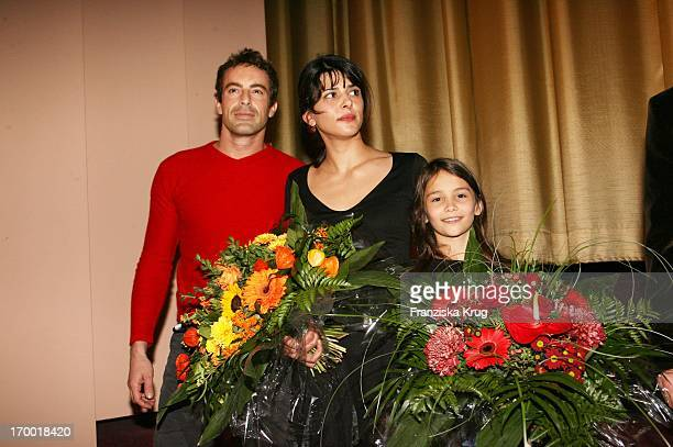 Gedeon Burkhard Lale Yavas And Lena Beyerling In the movie premiere of 'The Last train' In Berlin