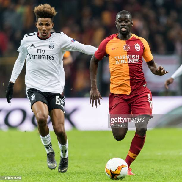 Gedson Fernandes of SL Benfica Papa Alioune Badou Ndiaye of Galatasaray SK during the UEFA Europa League round of 32 match between Galatasaray SK and...