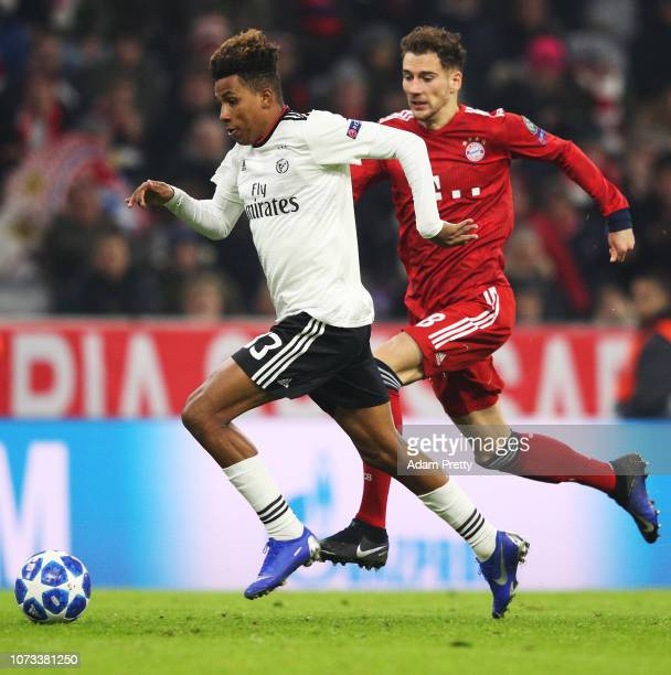 Gedson Fernandes of SL Benifica is challenged by Leon Goretzka of Bayern Munich during the Group E match of the UEFA Champions League between FC...