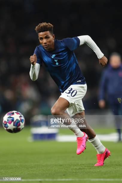 Gedson Fernandes of Tottenham Hotspur warming up before the UEFA Champions League round of 16 first leg match between Tottenham Hotspur and RB...