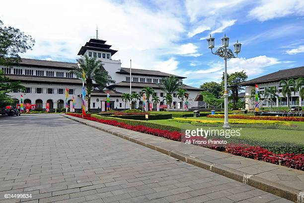 gedung sate, dutch building turned into government building in bandung city. - bandung stock pictures, royalty-free photos & images