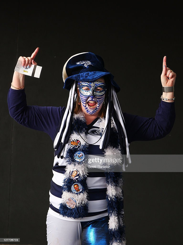 2011 AFL Grand Final Supporters Portraits : News Photo