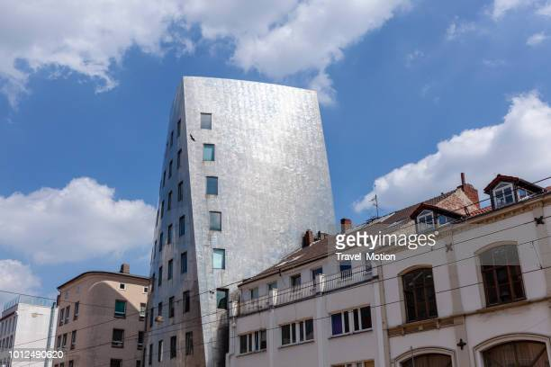 De moderne architectuur Gehry Tower in Hannover