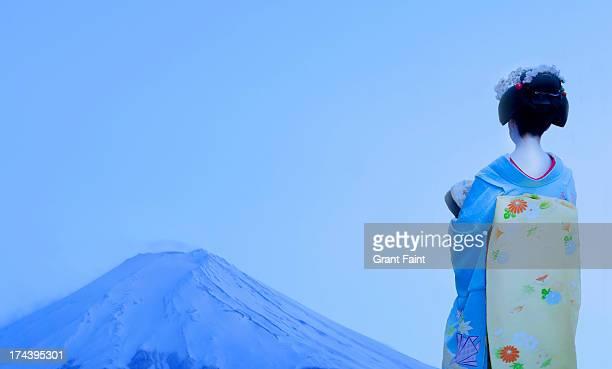 Geisha looking out to mount Fuji
