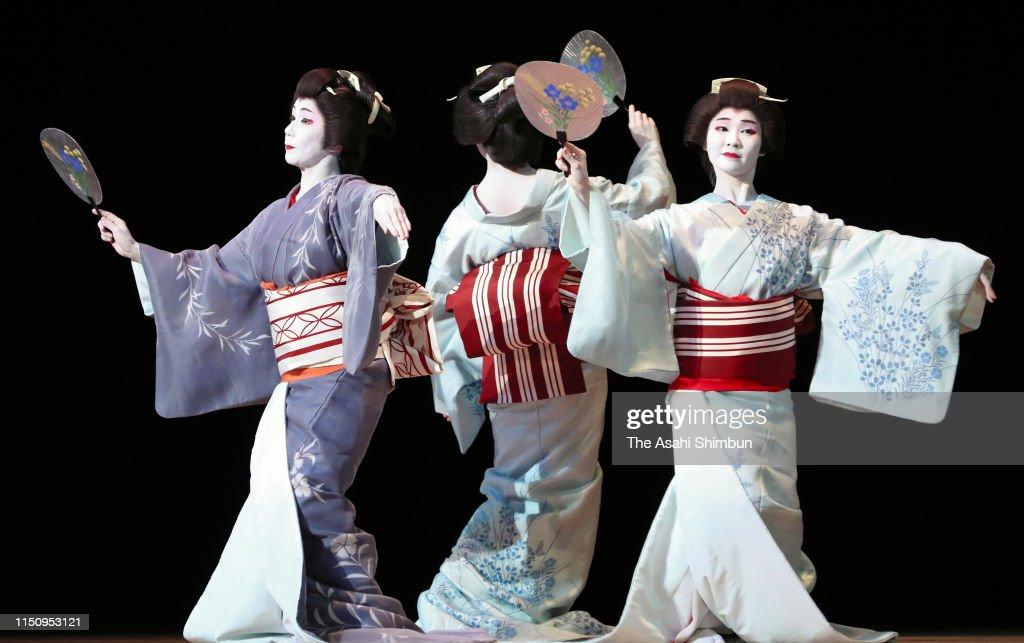 JPN: 'Azuma Odori' Rehearsal