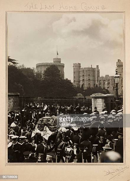 UNITED KINGDOM NOVEMBER 15 Gelatin silver print Photograph by Horace W Nicholls of the funeral of King Edward VII at Windsor Castle The coffin...