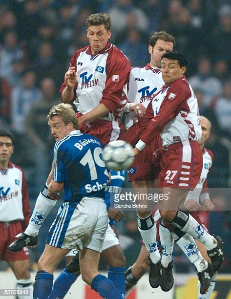 1 BUNDESLIGA 00/01 Gelsenkirchen FC SCHALKE 04 HAMBURGER SV Michael BUESKENS/SCHALKE Erik MEIJER/HSV Rodolfo CARDOSO/HSV