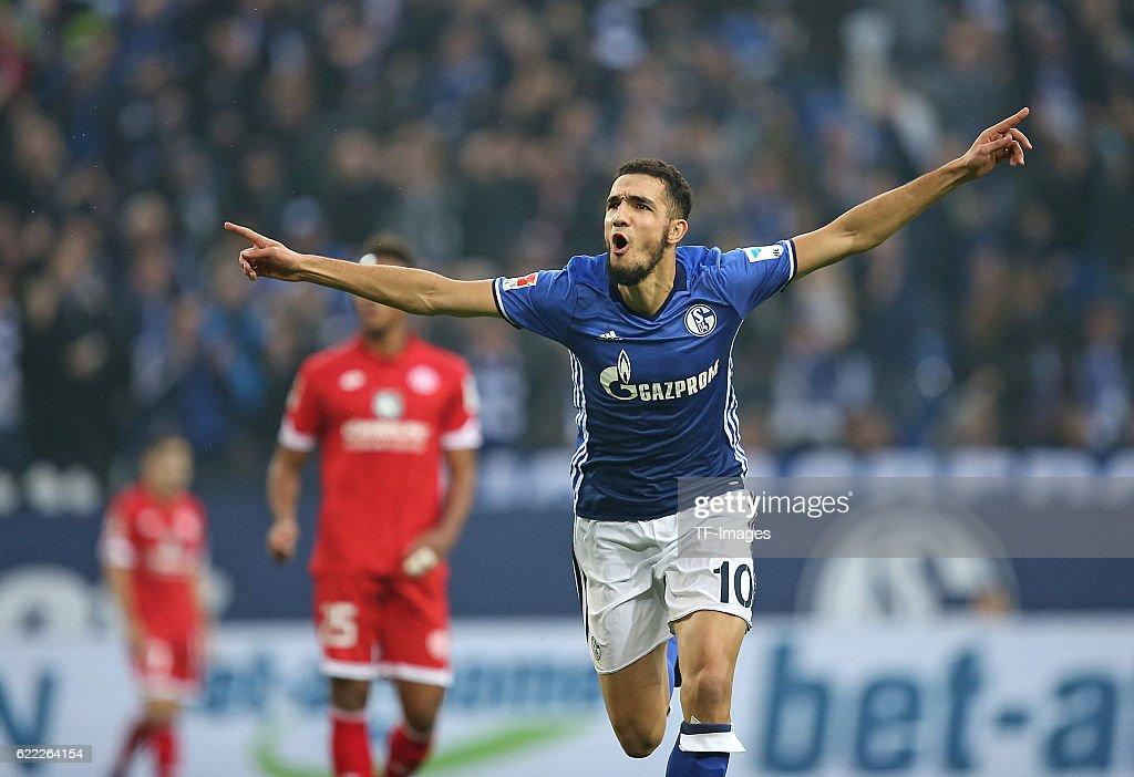 BL: FC Schalke 04 vs 1. FSV Mainz 05 : News Photo