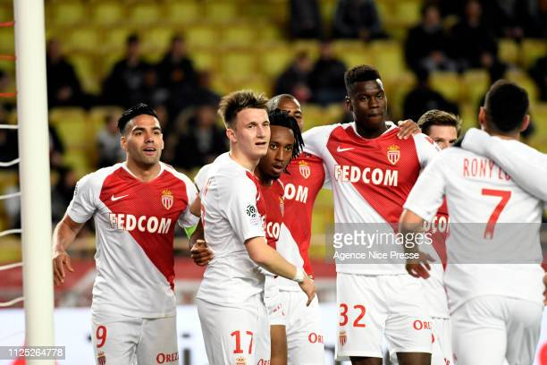 Gelson Martins celebrates his goal with teammates of Monaco during the Ligue 1 match between Monaco and Nantes at Stade Louis II on February 16 2019...