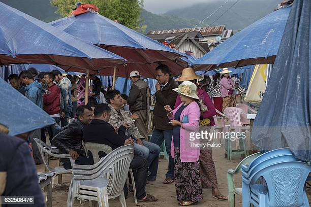 Gem dealers gather at Mogok main market