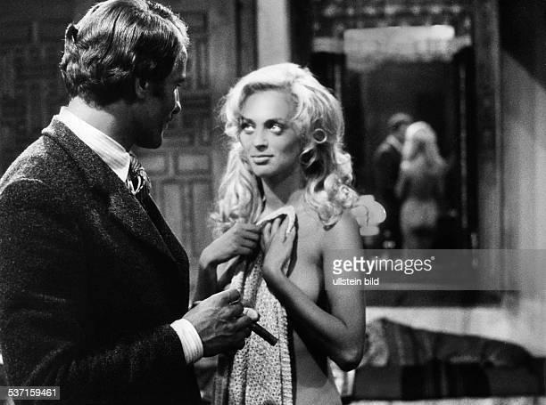 Gemma Giuliano *1938 Filmschauspieler I im Film 'Der Geliebte der grossen Bären' mit Sybill Danning 1972