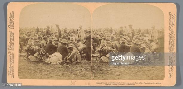 Gen. Cronje's 4 000 good Boers after surrendering to Roberts' force of 50 000, Feb. 27th, Paardeberg, S. Africa, Underwood and Underwood, 1900.