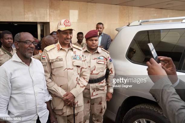 """Gen. Mohamed Hamdan Dagalo """"Hemeti"""", the deputy head of the military council, visited patients at the Royal Care Hospital on May 04, 2019 in..."""