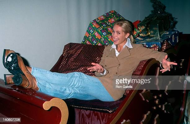 Gena Lee Nolin at the 1997 Hollywood Christmas Parade, Hollywood, Hollywood.