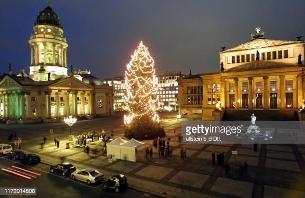 Gendarmenmarkt Berlin Mitte Schauspielhaus Konzerthaus Deutscher Dom ASV/ADAC Weihnachtsbaum