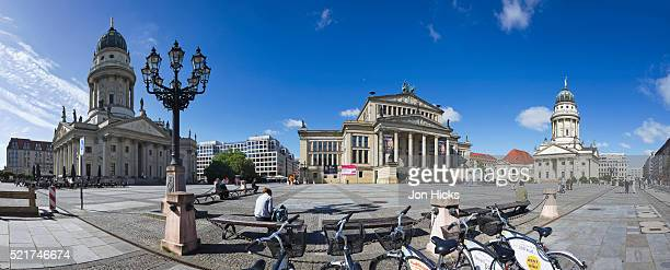 gendarmenmarkt in berlin - gendarmenmarkt stock pictures, royalty-free photos & images