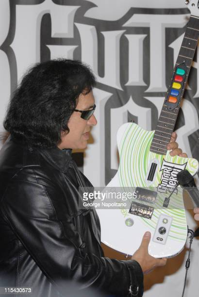 34 Guitar Hero Ii For Xbox 360 Launch With Gene Simmons At