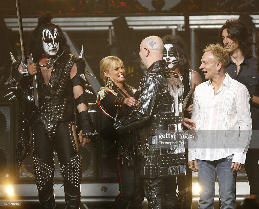 Gene Simmons of KISS, host Jaime Pressly, Rob Halford of Judas Priest, Eric Singer of KISS, Phil Collen of Def Leppard and Scott Travis of Judas Priest