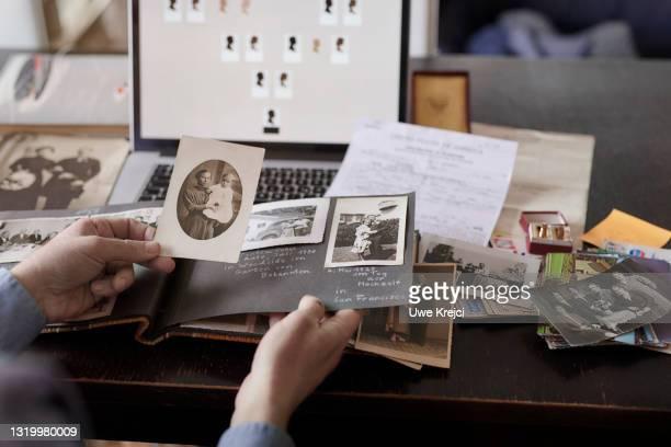 genealogy - 1920 1929 photos et images de collection