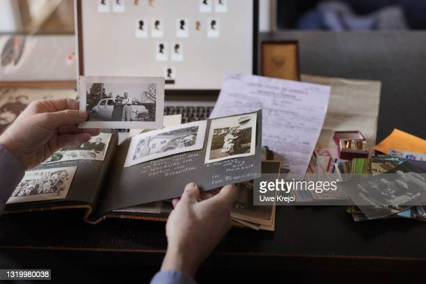 genealogy - emigration and immigration stock pictures, royalty-free photos & images