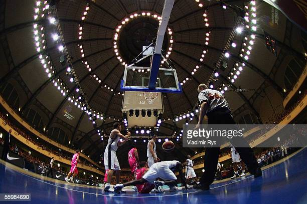 General action is seen during the Bundesliga game between Deutsche Bank Skyliners and Telekom Baskets Bonn on October 22 2005 in Frankfurt Germany