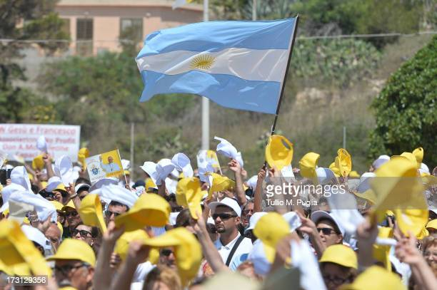 General atmosphere during the Holy Mass celebrated by Pope Francis during his visit to the island on July 8 2013 in Lampedusa Italy On his first...