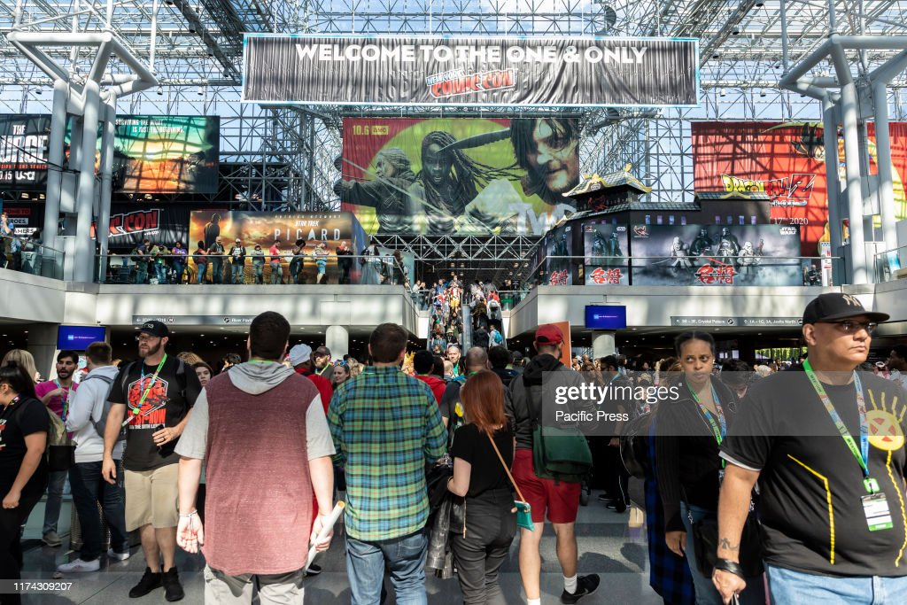 General atmosphere on convention floor during Comic Con 2019... : News Photo