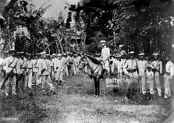 General Emilio Aguinaldo and his army, during the insurrection against the United States in 1900.