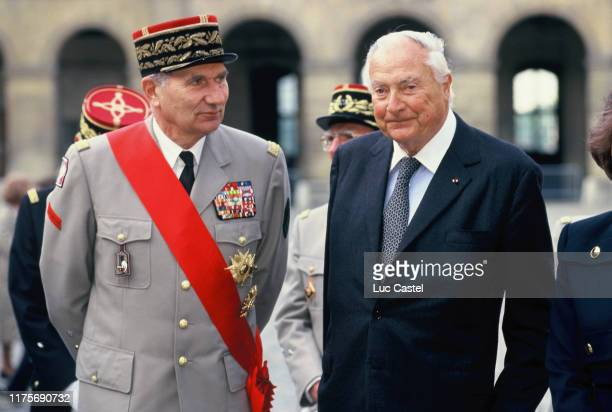 PARIS FRANCE General Forray Prince Napoleon attend the mass given in memory of the emperor Napoleon at Les Invalides on may 05 1993 in Paris France
