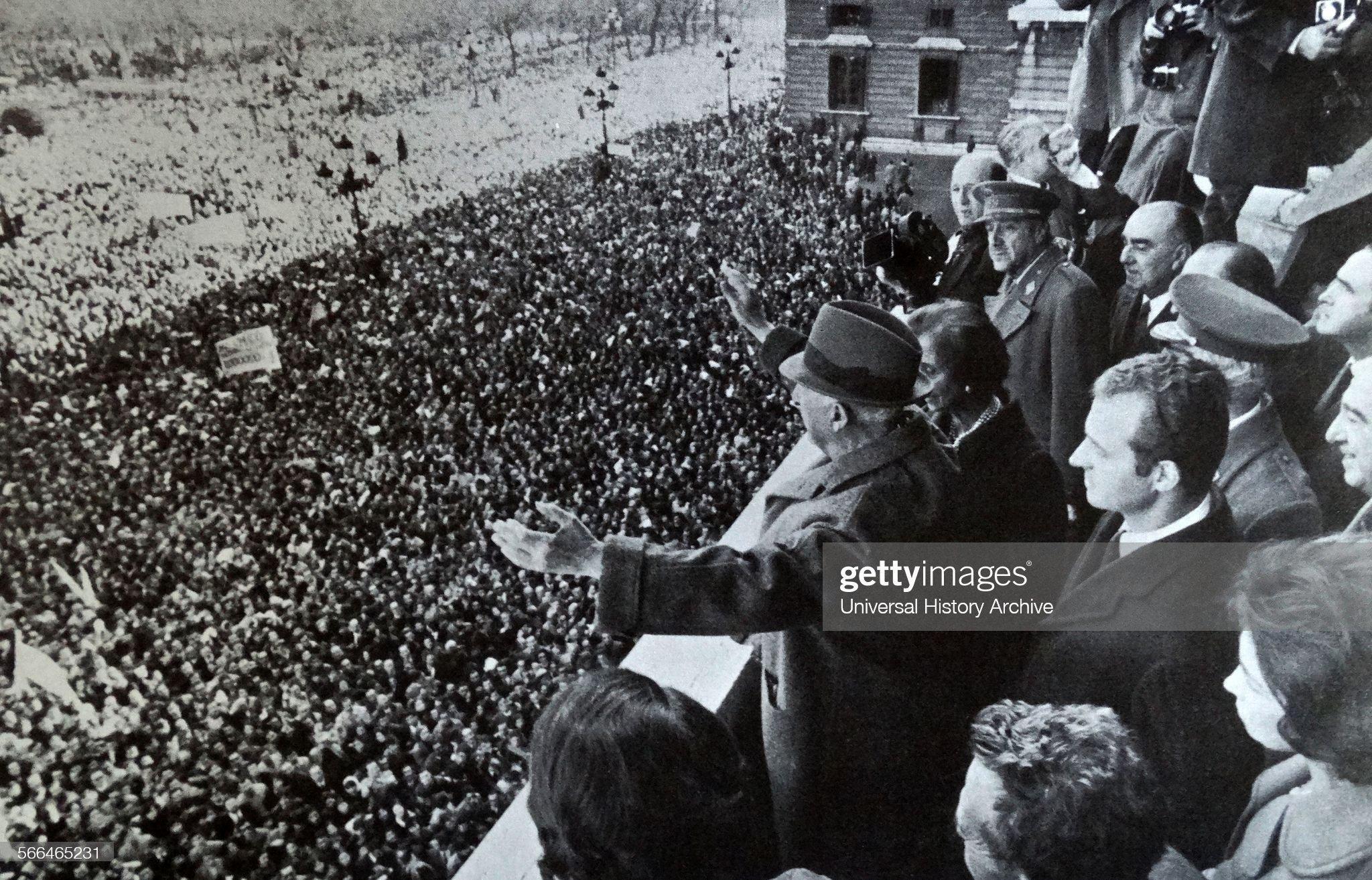 Francisco Franco, Carmen Polo and Juan Carlos. : Fotografía de noticias