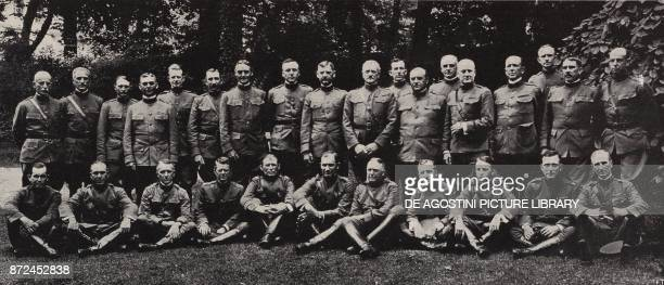 General John Pershing and his General Staff US Army on the western front France World War I from l'Illustrazione Italiana Year XLV No 1 January 6 1918