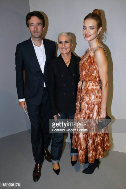 General manager of Berluti Antoine Arnault stylist Maria Grazia Chiuri and Natalia Vodianova pose backstage after the Christian Dior show as part of...