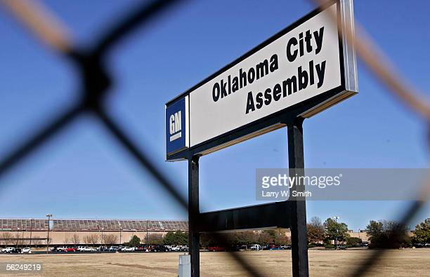 General Motors sign is seen outside the General Motors Corp plant November 21 2005 in Oklahoma City Oklahoma Rick Wagner chairman and CEO of GM the...