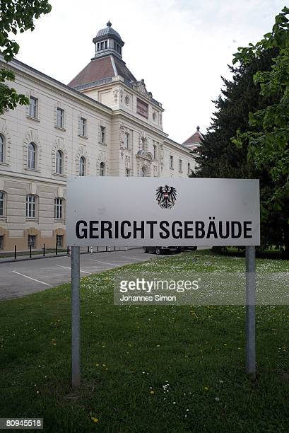 General outside of Sankt Poelten courthouse where the case of Josef Fritzl accused of 24 yearlong capture and incestuous abuse of his daughter will...
