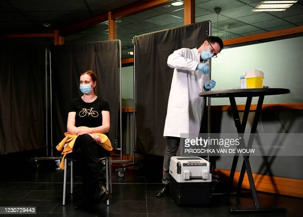 General practitioner waits for the first injection of the Moderna Covid-19 vaccine, in the Medisch Spectrum Twente, in Enschede, on January 22, 2021....