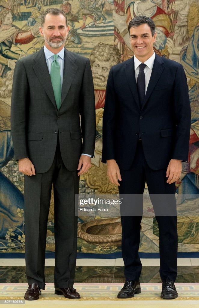 General Secretary of the PSOE Pedro Sanchez (R) meets King Felipe VI of Spain at Zarzuela palace on July 4, 2017 in Madrid, Spain.