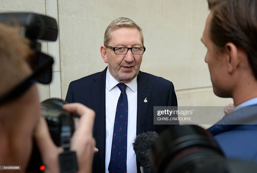 General secretary of Unite Union, Len McCluskey speaks to members of the media as he leaves BBC television centre in London after appearing on 'The Andrew Marr Show' in London on July 3, 2016. / AFP / CHRIS