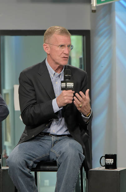 Build Presents Chris Fussell, General Stanley McChrystal