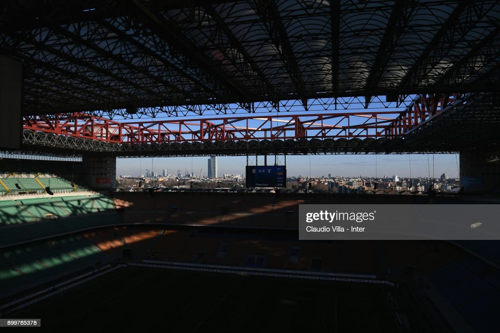 A general view ahead of the serie A match between FC Internazionale and SS Lazio at Stadio Giuseppe Meazza on December 30, 2017 in Milan, Italy.
