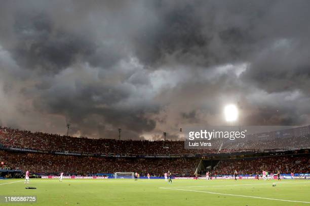 General view as a storm approaches during the final of Copa CONMEBOL Sudamericana 2019 between Colon and Independiente del Valle at Estadio General...