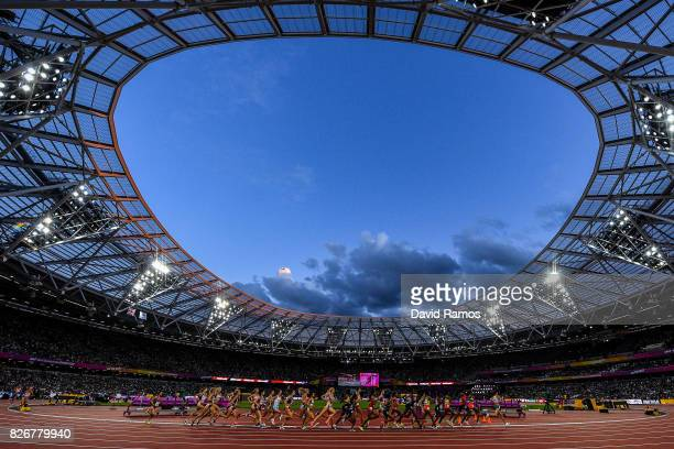 A general view as atheltes compete in the Women's 10000 metres during day two of the 16th IAAF World Athletics Championships London 2017 at The...