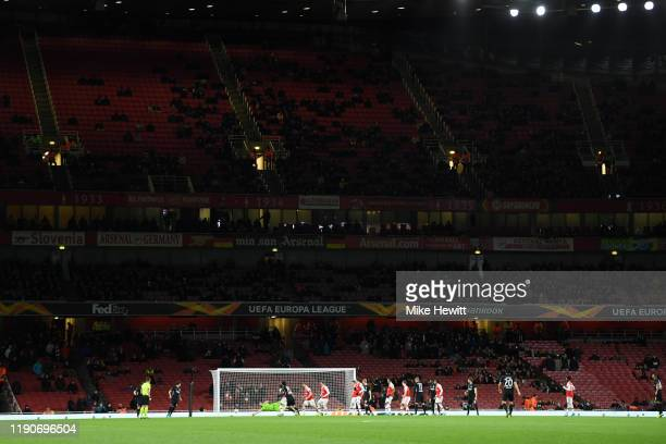 General view as Daichi Kamada of Eintracht Frankfurt scores his team's second goal during the UEFA Europa League group F match between Arsenal FC and...