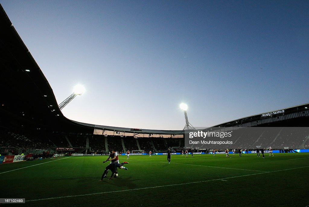 A general view as Dirk Marcellis of AZ and Jetro Willems of PSV battle for the ball during the Eredivisie match between AZ Alkmaar and PSV Eindhoven at the AFAS Stadium on April 20, 2013 in Alkmaar, Netherlands.