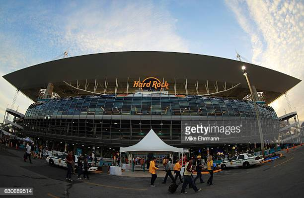A general view as fans arrive prior to the Capitol One Orange Bowl between the Florida State Seminoles and the Michigan Wolverines at Sun Life...