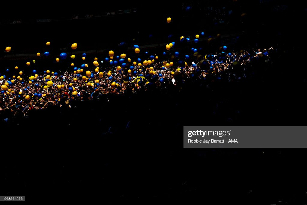 A general view as fans of Shrewsbury Town throw balloons during the Sky Bet League One Play Off Final between Rotherham United and Shrewsbury Town at Wembley Stadium on May 27, 2018 in London, England.