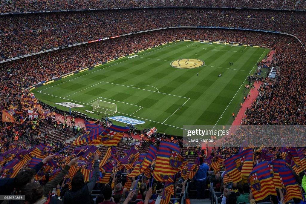 A general view as FC Barcelona fans show their support prior to the La Liga match between Barcelona and Real Madrid at Camp Nou on May 6, 2018 in Barcelona, Spain.