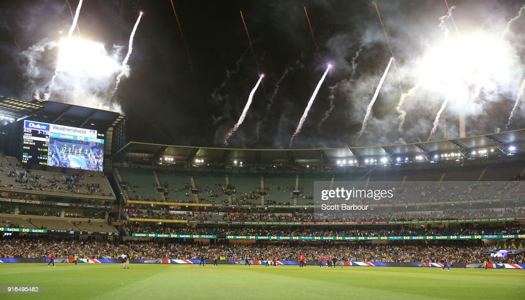 Australia v England - T20 Game 2 : News Photo