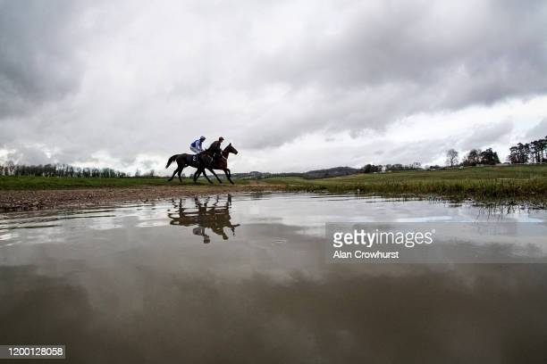 General view as horses make their way to the back straight for the start at Chepstow Racecourse on January 17, 2020 in Chepstow, Wales.